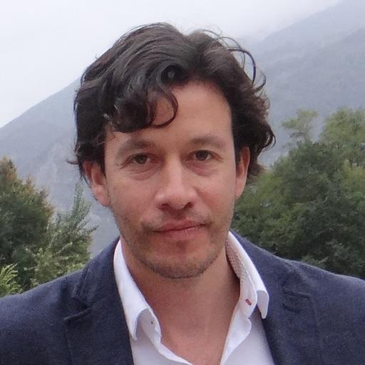Tomás Veloz